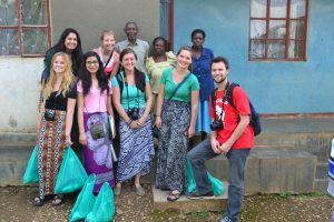 UW Madison students in Uganda.