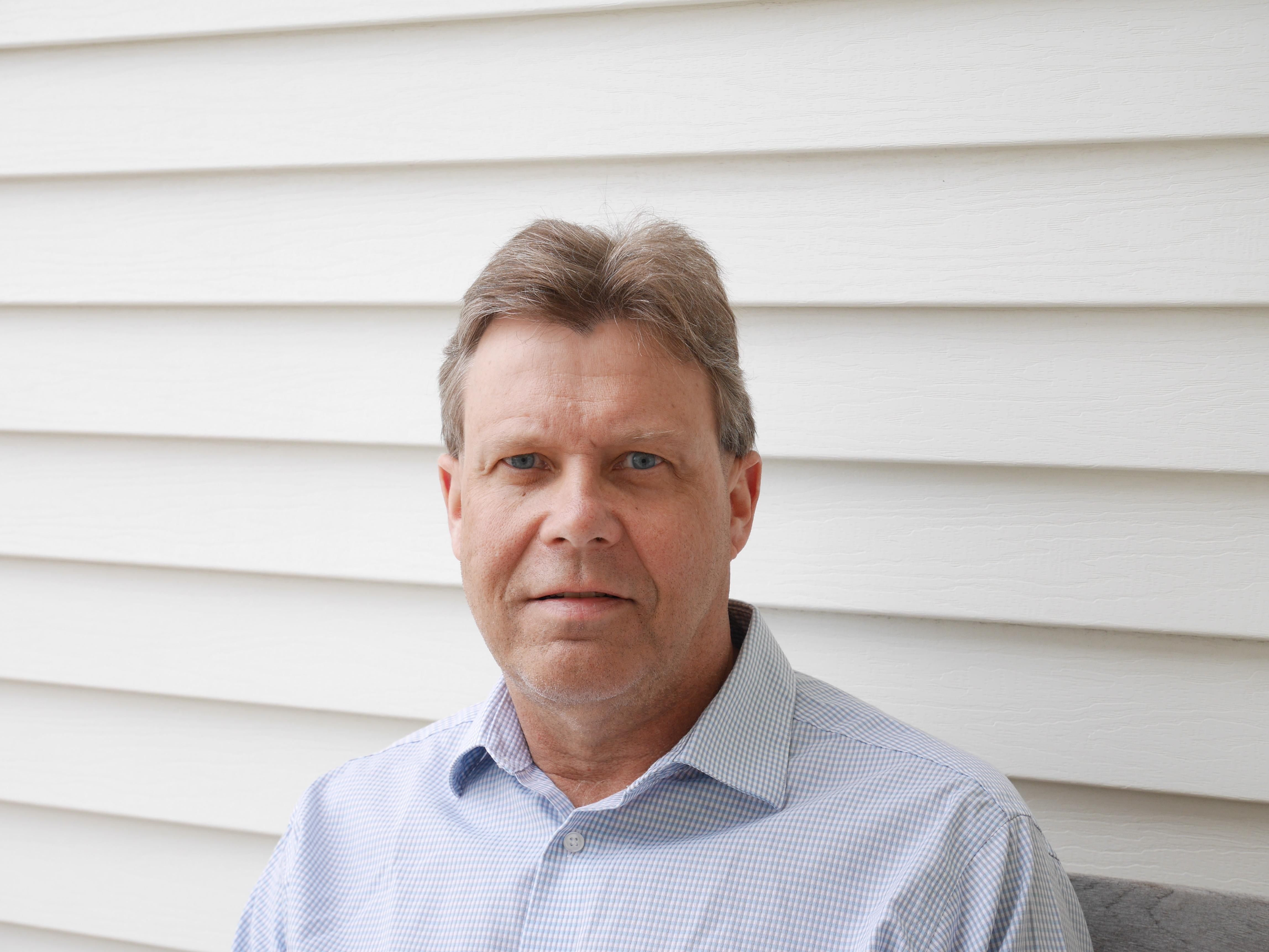 A profile picture of Guy Groblewski.